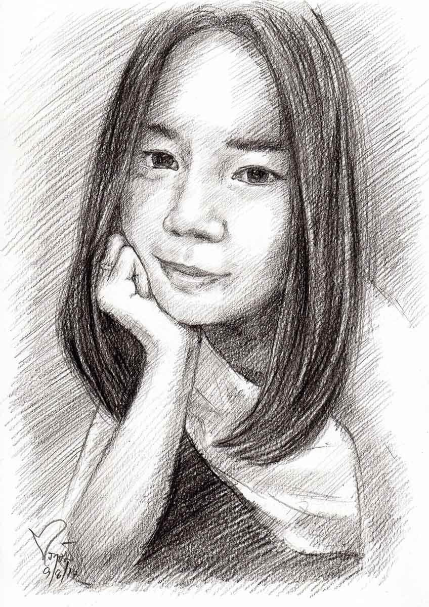 ภาพวาดลายเส้นดินสอ-วาดภาพเหมือนผู้หญิง-รับวาดภาพเหมือน